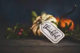 """Small gourds with a tag that reads """"thankful"""""""